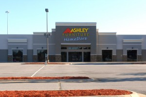 Ashley Albany 001-001